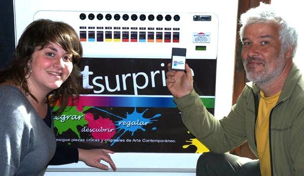 Art Surprise vending machine