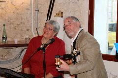 Folk songs by Yvonne and Gary
